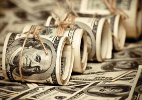 عضو کمیسیون برنامه، بودجه و محاسبات مجلس: مشکلی در تامین ارز کالاهای اساسی وجود ندارد